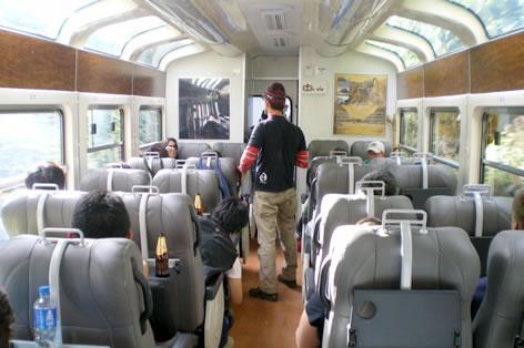 風景を楽しめる展望列車