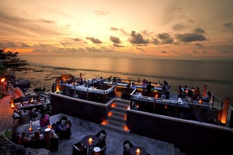 インドネシア バリ島 アヤナリゾートロックバー