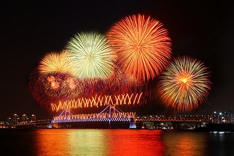世界最大級の釜山世界花火大会