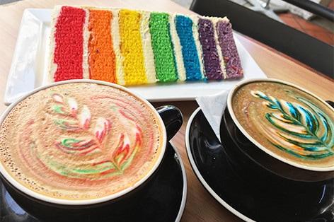 「I AMカフェ」のレインボーケーキ_イメージ