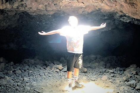 オーラの洞窟)