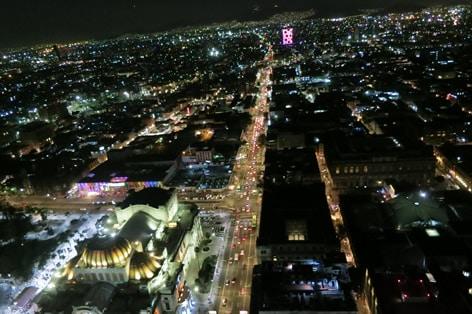 ラテンアメリカタワーからの夜景
