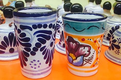タラベラ焼きグラスの一例