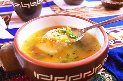 キヌアスープ