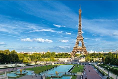 パリのシンボル エッフェル塔/イメージ