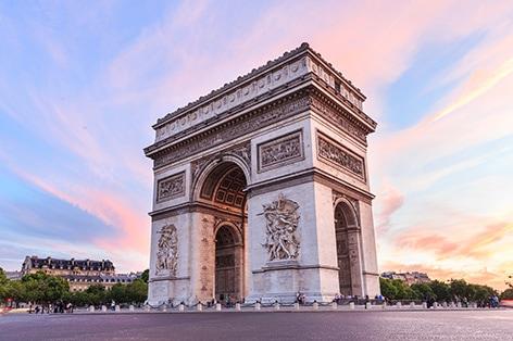 パリのシンボル 凱旋門