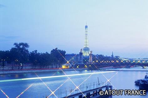 パリ セーヌ河岸