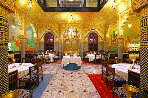 宮殿風レストラン