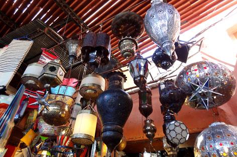 モロカンデザインのランプ
